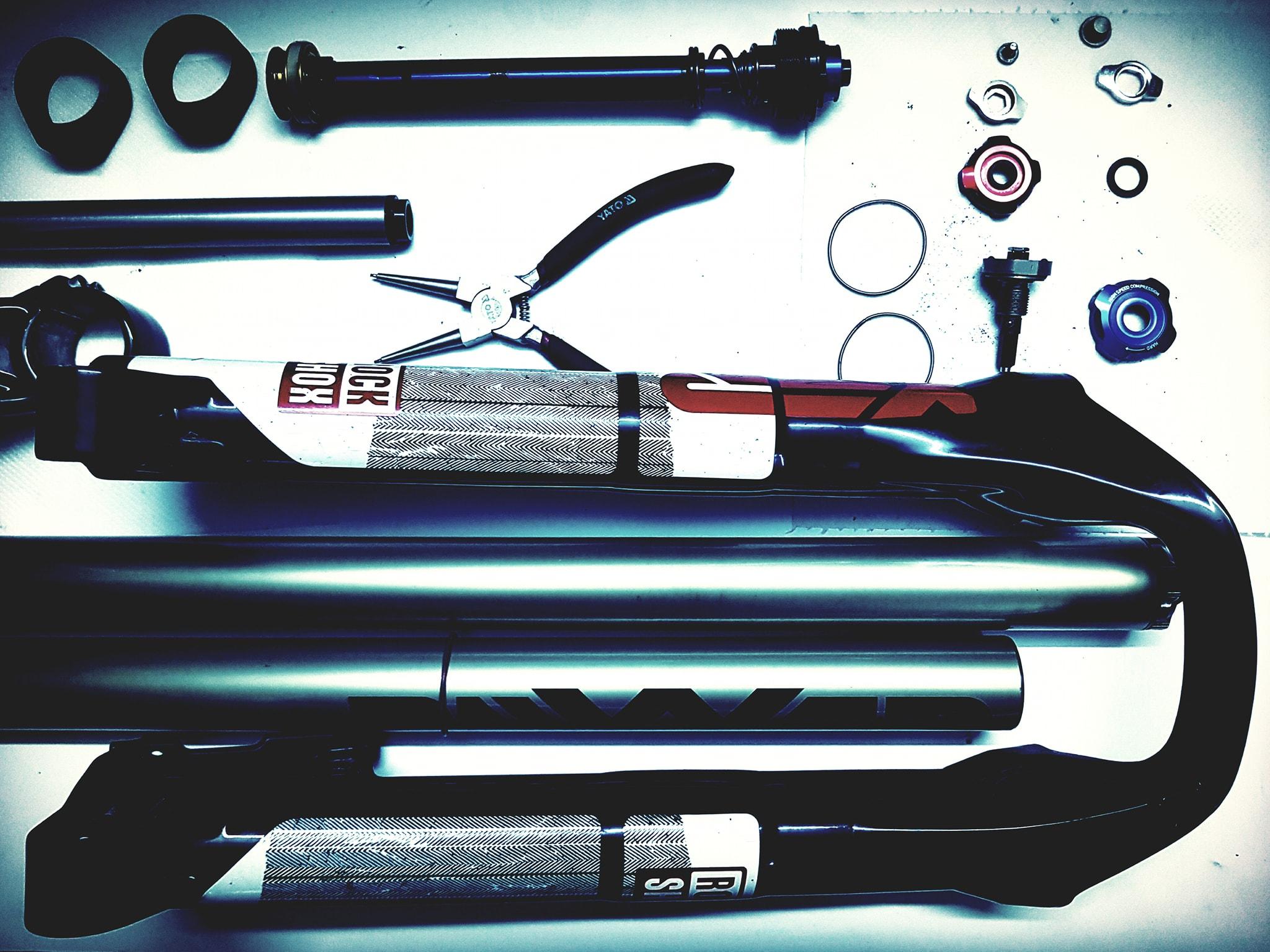 ER-HA Rowery serwis amortyzatora fox rock shox santour serwis amortyzatorów rowerowych