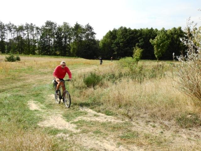 Wycieczka ER-HA Rowery i Przyjaciele - Nadciąga grupa hardcorowców MTB 6 fot. Piotr Zapała Pociąg do Kolumny