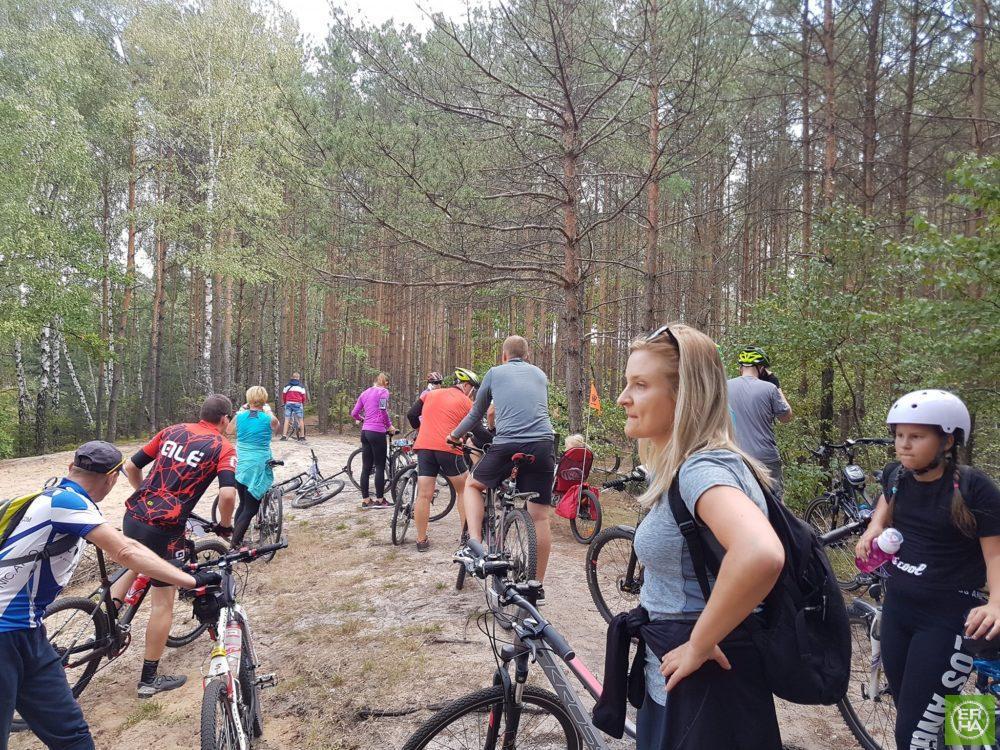 Wycieczka ER-HA Rowery i Przyjaciele - Przystanek Mała Woda fot. Piotr Zapała Pociąg do Kolumny